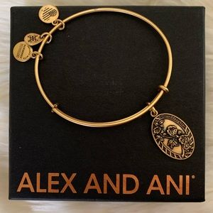 NEW ALEX AND ANI- Granddaughter Gold Bracelet